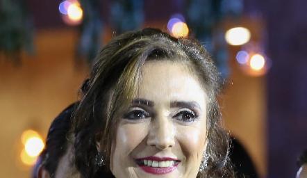 Martha Abud de Güemes mamá de la novia.