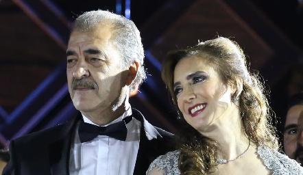 Marco Güemes y Martha Abud de Güemes, papás de la novia.