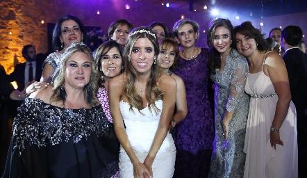 Carla Serna, Guadalupe González, Sandra Galván, Clara Duarte, Daniela Güemes, Anabel Covarrubias, Gaby Portillo, Martha Abud y Gaby González.