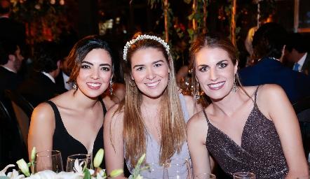 Nadia Solis, Jocelyn Cano y Paulet Lozano.