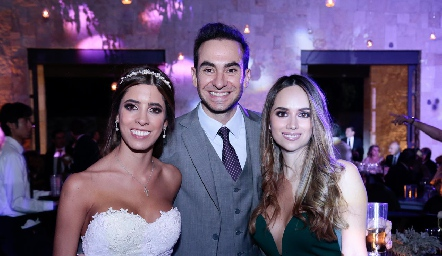 Daniela Güemes, Güero Padilla e Iliana Rodríguez.