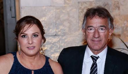 Catherine Barret y Alejandro Abud.
