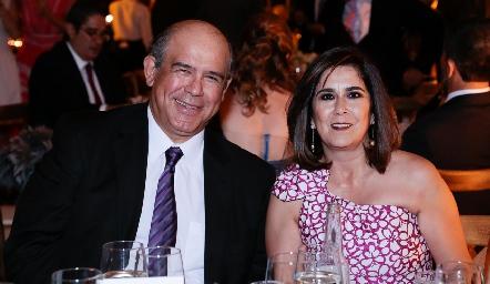 Pedro Leal y Sandra Galván.