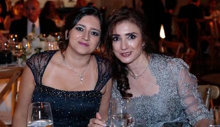 María Fernanda León y Martha Abud.
