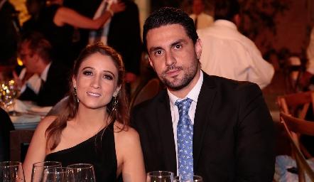 Sofía César y Héctor Flores.