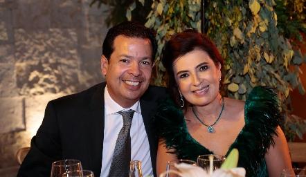 Héctor y Rosy Hernández.