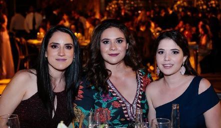 Saide Gómez, Malena Ramos y Fernanda Cossío.