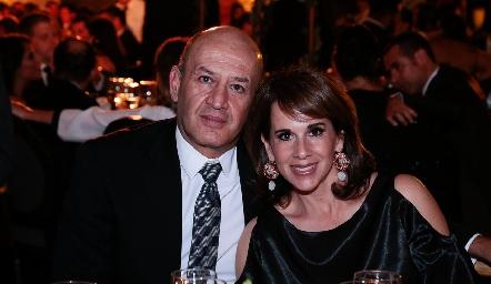 Miguel Abud y Martha del Río.