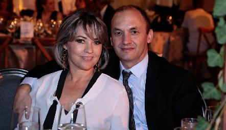 Elsy Guerra y Javier Abud.