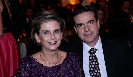 Gabriela Portillo y Jesús González.