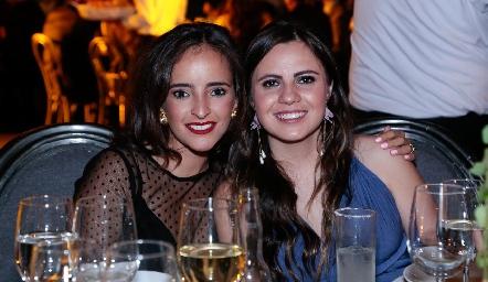 Isa Torres y Marisol Cabrera.