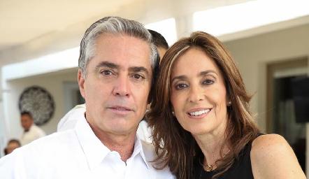 Gerardo Serrano y Mónica Gaviño.