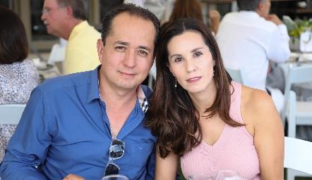 Miguel Herrera y Titis Mares.