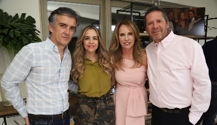 Fernando del Pozo, Gaby Serment, Lupita Pereda y Alejandro Santibáñez.