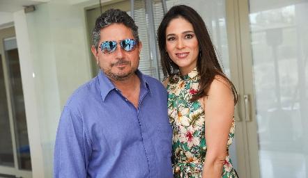 Gerardo Rodríguez y Maribel Lozano.