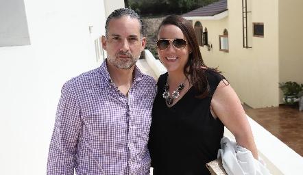 Rodrigo Veytia y Julieta Garelli.