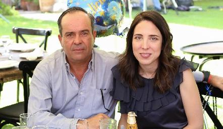 Leo Martínez y Natalia Camargo.