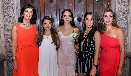 Marus Hernández, Isa, Sofía y Lulú Álvarez y Lourdes Velázquez.