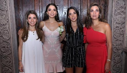 Isa, Sofía, Lulú y Lourdes Álvarez.