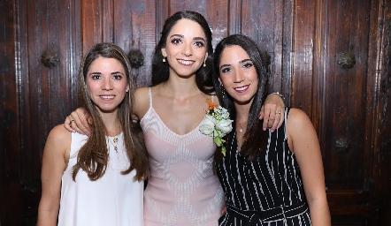 Isa, Sofía y Lulú Álvarez.