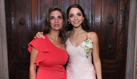 Lourdes Velázquez y Sofía Álvarez.