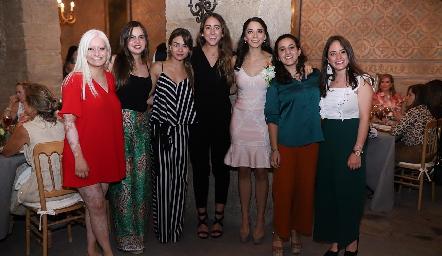 María José Zárate, Marisol Cabrera, Lore Navarrete, Diana Olvera, Sofía Álvarez, María Lavín y Ale Ascanio.