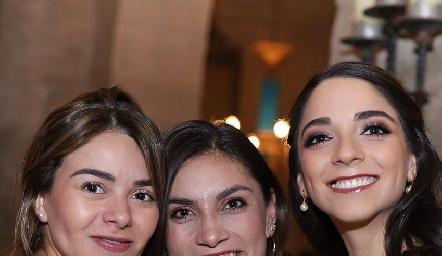Lore Navarrete, Sofía Rodríguez y Sofía Álvarez.