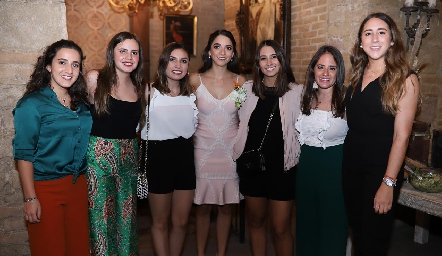 María Lavín, Marisol Cabrera, Sofía Rodríguez, Sofía Álvarez, Sofía Leiva, Ale Ascanio y Diana Olvera.