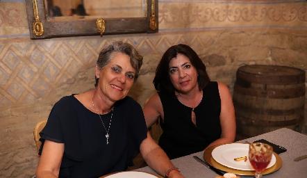 Ana Laura Azcárraga y Leticia Anaya.