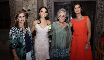 Maripepa Valladares, Sofía Álvarez, Patricia del Peral y Marus Hernández.