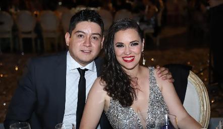 Armando Arreguín y Mariana Carbajal.