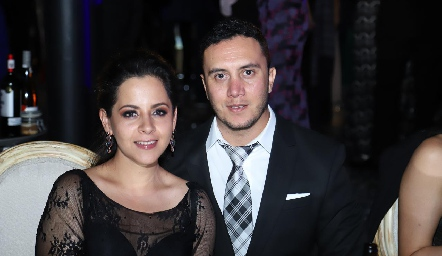 Érika Espejel y Daniel Covarrubias.