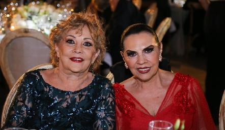 María Josefina Galarza y Yoya Galarza.