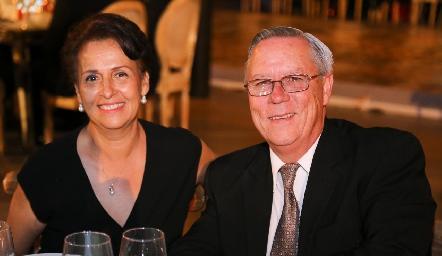 Tere González y Eduardo Mendizábal.