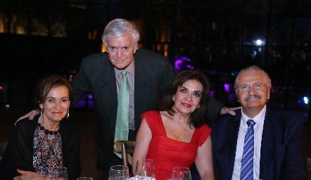 María Teresa y Guillermo Horner, Rosa Elena Velasco y Salim Dip.