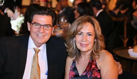 Rodolfo Ortega y Rosy Castillo.