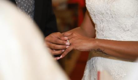 Sortija de matrimonio.