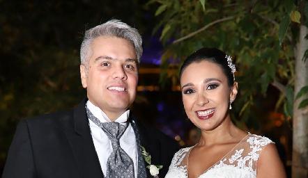 Guillermo González y Pamela Tomás Obrador, ya son esposos.