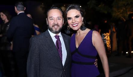 Juan Carlos Conde y Alejandra Díaz de León.