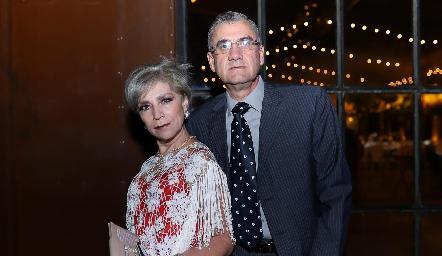 Martha Díaz de León y Héctor Martínez.