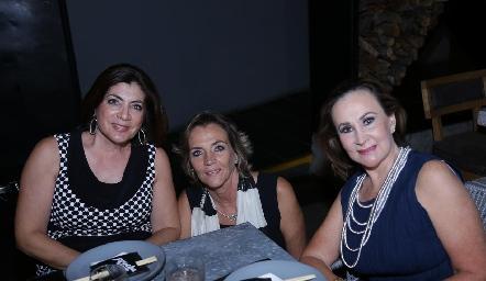 Lety Anaya, Lucía Gárate y Maricarmen López.