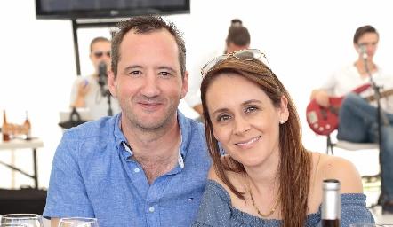 Fernando Barba y Ely Rentería.