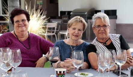 Ágata Pizzuto, Lynette de Pizzuto y Lucha Villalobos.