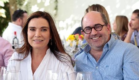 Bárbara Martins y José Mario de la Garza.