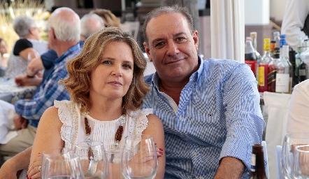 Eva Anaya y Manolo Martins.