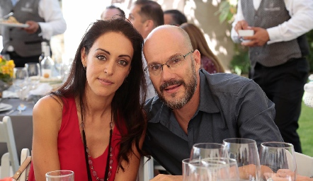 Ruth Morales y Kanky Espinosa.