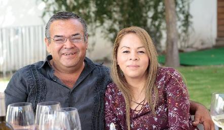 Alejandro Tobías y Adriana Briones.