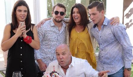 Cumpleaños de Memo Pizzuto.