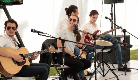 Elanie Music.
