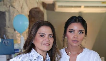 Daniela Castañón y Xóchitl Amparán.